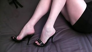 Ehefrauen shoejob footjob 1