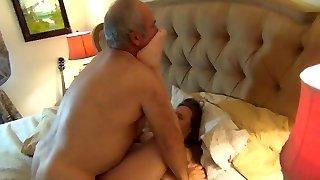 Bear boinks his wife hard