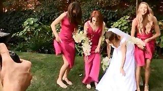 Pantyless nevěsty a maids bavit