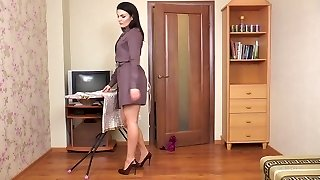 Hairy cougar Kristina Ray does the household chores