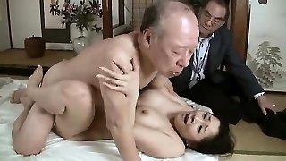 hard-core nonno boinks giovane babe