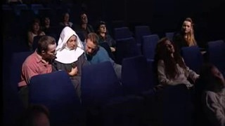 Laura & Madalina v kine v Orgie