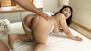 Busty Japanese milf Hinata Komine rails a trouser snake with her big backside