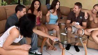 meztelen póker