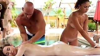 HD PornPros - Two girls fuck stud by the pool