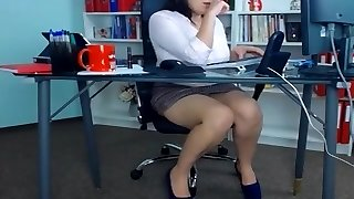 Super-sexy secretaries at the office