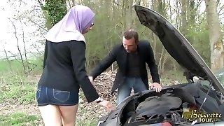sarah abdelkhader piisav ega taga sonnie mec dans la voiture beurette tour