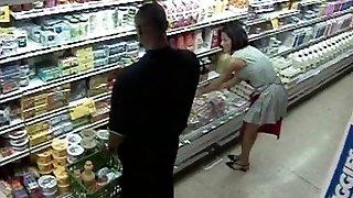 obchod s potravinami gangbang hookup