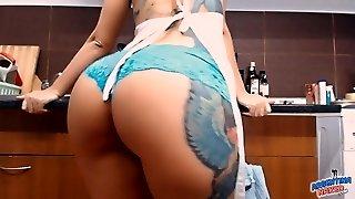 zadky prsatý tetování na vdávání! masturbs sebe v kuchyni!