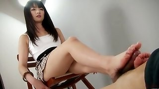hot little Student give an unbelievable footjob shoejob
