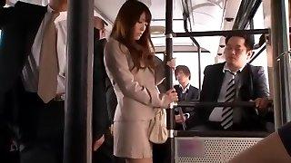 najväčšie ázijské motykou kokomi sakura sa v nádhernej verejnosti, asistent java-koncert