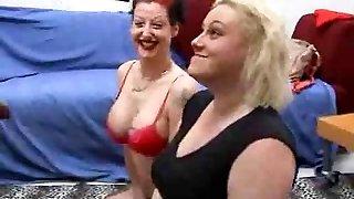 Insane deepthroat from a black cock