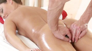 Massage Rooms Beautiful nubile luvs his touch for female orgasm