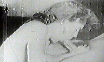 Hot fuckslut sucking vintage cock