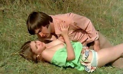 colegii încearcă să ispitească nubile în luncă (1970 vintage)