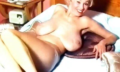 Georgia Holden- 50's Nudie Cutie