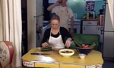 צעיר מציץ 2 נשים זקנות את דונק