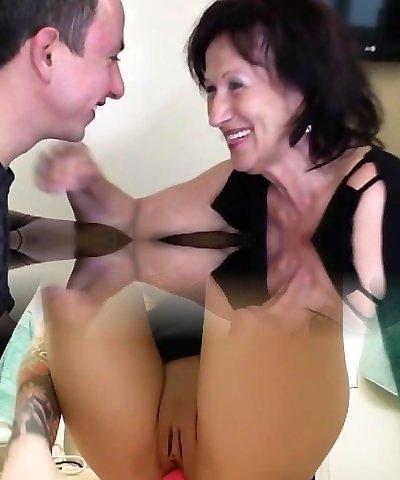 Cute girl anal squirt