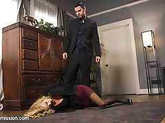 When an ambitious paparazzi reporter breaks the wrong story, the Fixer pays her a visit to teach her the ins and outs of the news game.Sarah Jesse is a blazing hot reporter who gets a tip about an election fraud conspiracy. She goes public with her story, linking Madam Candidate to bribery, and Seth Gamble is called in to get the errant reporter under control. Sarah resists Seth's control and makes him earn his money till she finally submits to his bondage, BDSM and hard core rough sex.