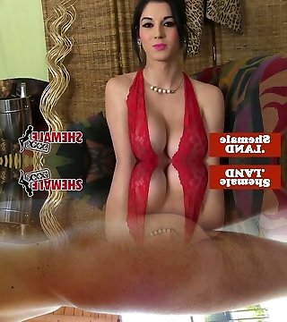 Busty cuban tgirl in lingerie takes off n taunt