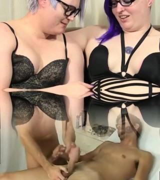 Plump trannies rimming culo and sucking cock