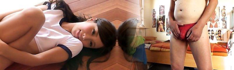 Sporty Asian female Rika Nonomiya strips on her web cam teasingly