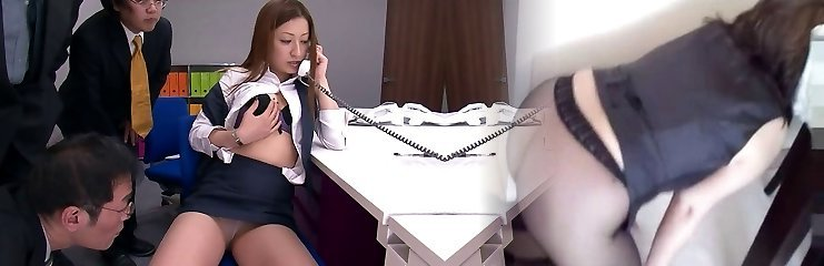 Horny guys pulverize steaming office girl with vibrators at work
