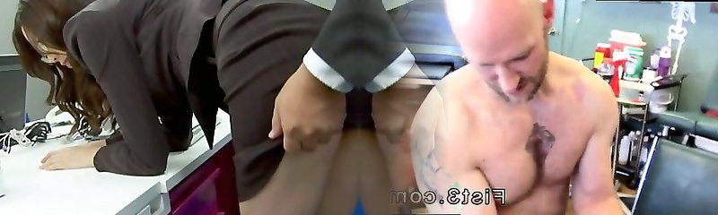 Sumptuous office chick bending over and penetrated har