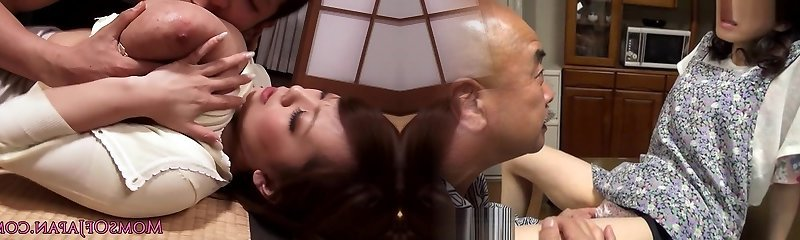 Bigtitted chinese mommy cocksuck and titfuck