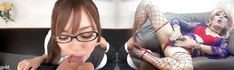 Wild Office Nail With Riona Minami In Glasses