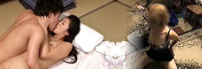 Love Of Mom And Stepson Starting From Kiss, Adhesion, Thick Fuck-fest Kitagawa Mio