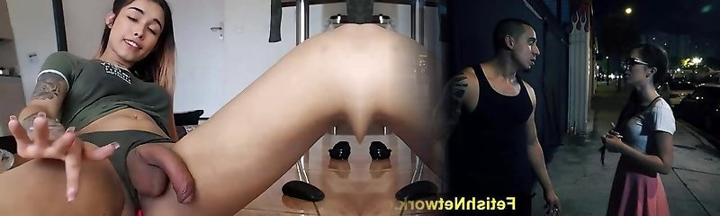 Shemale cumming and peeing 1