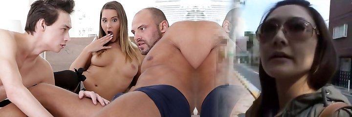 Girlfriend got surprised by her bisex beau