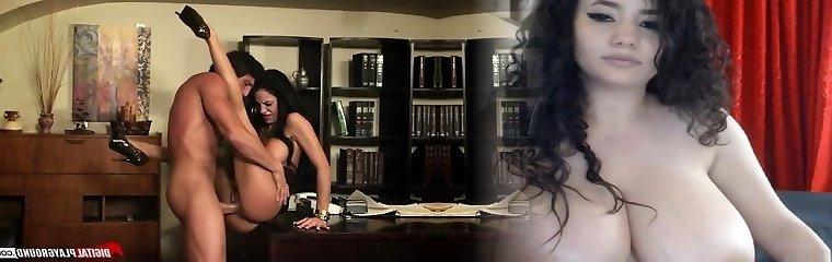 Horny secretary shows her boss her nasty side