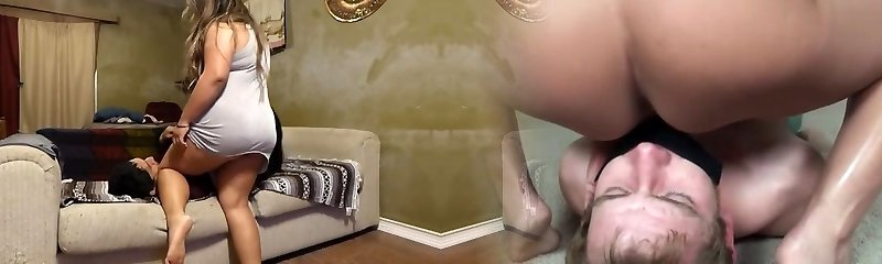 Noemi Couch Facesit