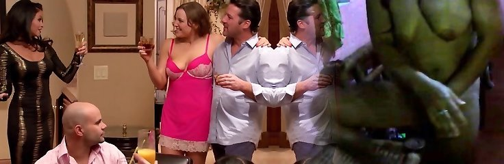 Mandy and Matt have the greatest foreplay