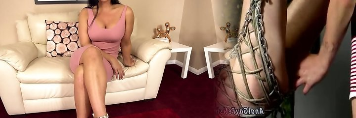 Huge-chested lengthy legged bombshell Candi Kayne does nothing but expose her pussy