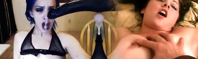 Goth chick deepthroat