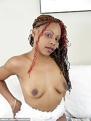 Tamilah is sexy and ready for play