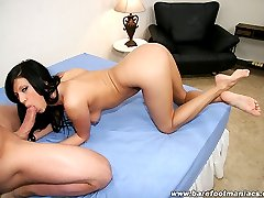 Slutty brunette takes a hot load on her pink painted toes after fucking