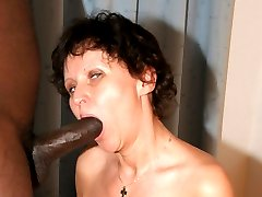 Horny mature lady cant get enough cock in her hairy pussy!