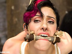 Iona Grace is a great bondage model who always pushes herself to the extreme. That is why I...