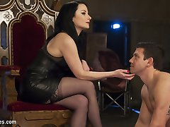 Veruca James is the boss bitch in this dungeon and Reed Jameson is her good little obedient pet....