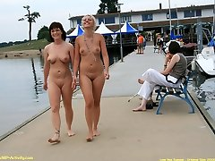 Two girls shows her hot asses in public