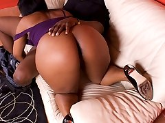 Big Booty Ebony Takes Internal Nut-Bust