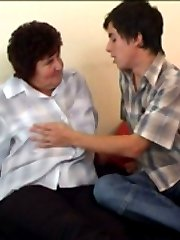 Cute sissy boy plays with fat mamas hairy beaver