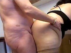 Big Wife Free Porn Home Video Gallery!