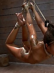 Skin Diamond is a blend of unique beauty and maso-slut. Today, we challenge her with endurance...