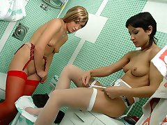Sweet babes take a shower fitting bright stockings for girl-on-girl session