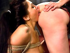 Sexy Jade Indica gets off from being tied up and dominated. Sinn Sage is an aggressive top who...